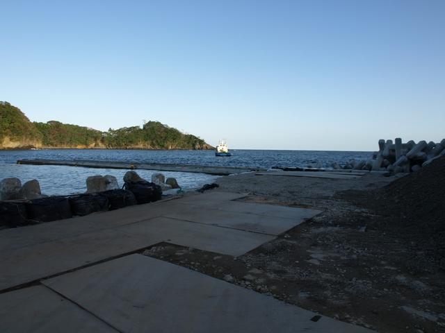 右側防波堤