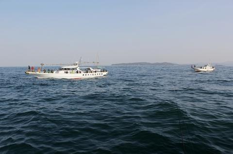 shiogamaboat.jpg